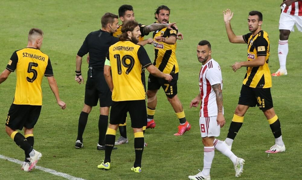 ΑΕΚ-Ολυμπιακός 1-2: Η φάση με το χέρι του Ομάρ και η «σιωπή» του VAR (photos)