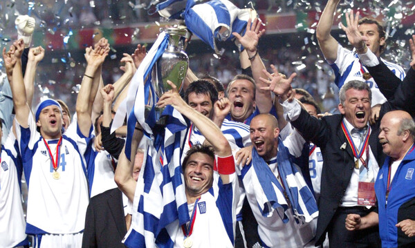 Το 2004 πήραν ό,τι άξιζαν, αλλά έχουμε το ποδόσφαιρο που μας αξίζει…