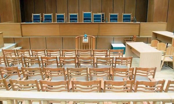 Οι καταθέσεις Κωστούλα και Παναγόπουλου στη δίκη των «28»