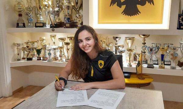 Στην ομάδα βόλεϊ της ΑΕΚ η Κωνσταντίνα Πατέλη! (photo)