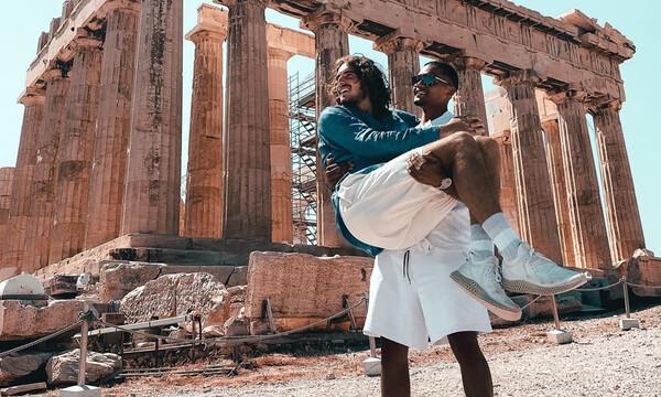 Τουρίστες στην Αθήνα Τσιτσιπάς, Καραλής (photos)