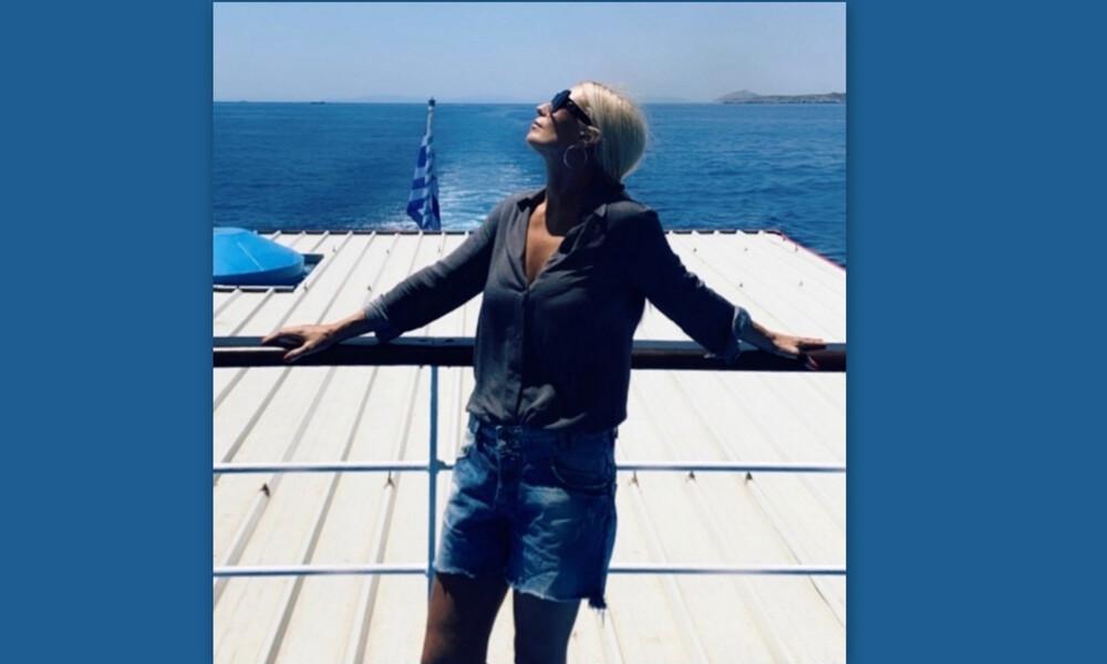Μαρία Μπακοδήμου: Αδυνάτισε και έτσι είναι το κορμί της στα 55 της με μαγιό