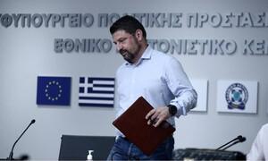 Κορονοϊός: Νέα μέτρα ανακοίνωσε ο Χαρδαλιάς - Όριο 100 ατόμων σε γάμους, βαπτίσεις, κηδείες