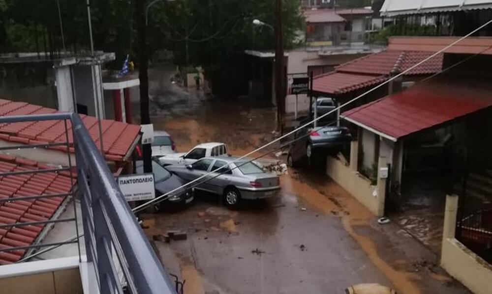 Εύβοια: Δύο νεκροί από τις πλημμύρες - Βιβλικές καταστροφές και εγκλωβισμοί