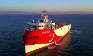 Oruc Reis: Εντός της ελληνικής υφαλοκρηπίδας - Άπλωσε καλώδια