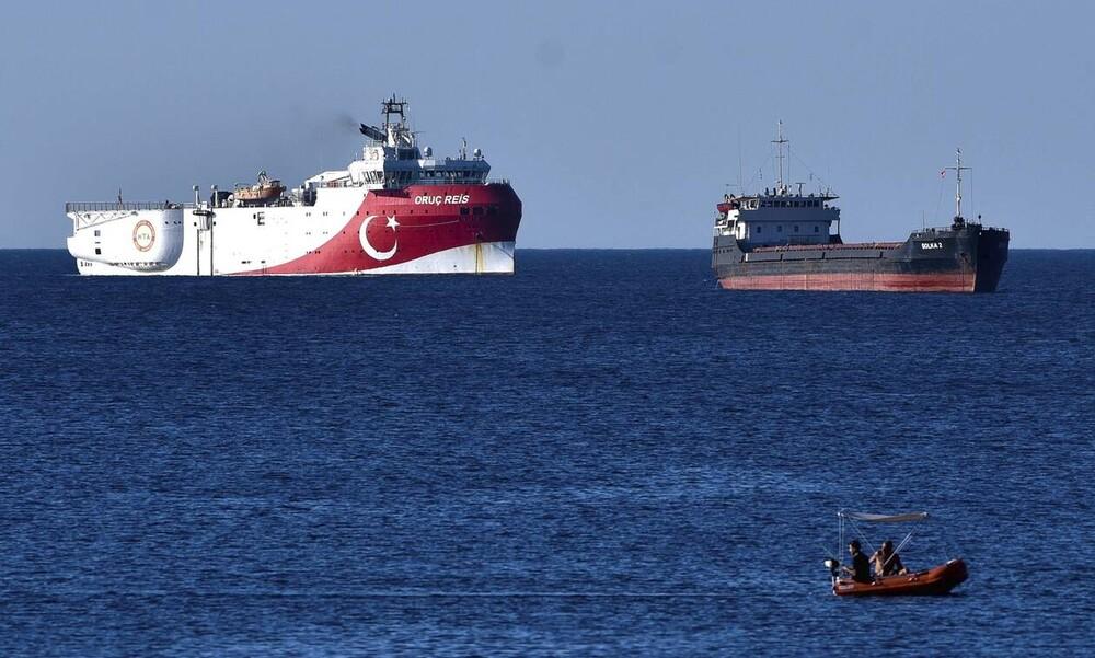 Θρίλερ με το Oruc Reis: Αλλάζει πορεία εντός της τουρκικής NAVTEX