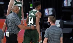 NBA: Κουτουλιά και αποβολή για τον Αντετοκούνμπο, κινδυνεύει με «καμπάνα» (videos+photos)