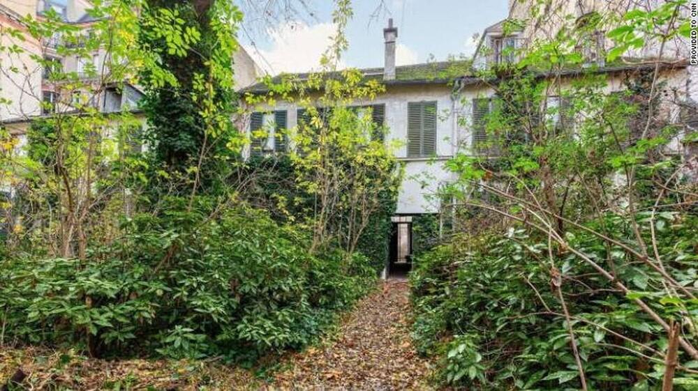 Παρίσι: Πτώμα άνδρα εντοπίστηκε σε πολυτελή έπαυλη μετά από 30 χρόνια