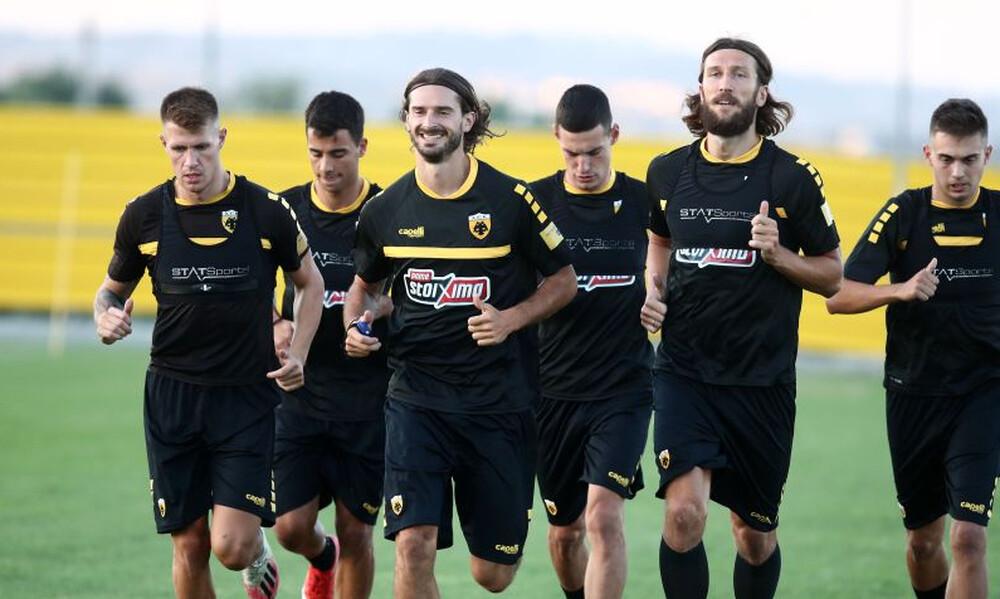 Οι 33 ποδοσφαιριστές για την προετοιμασία της ΑΕΚ – Γιατί έμεινε εκτός ο Σιμάνσκι