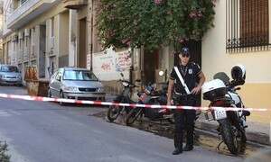 Συναγερμός στο κέντρο της Αθήνας: Εντοπίστηκε χειροβομβίδα σε σπίτι στα Εξάρχεια