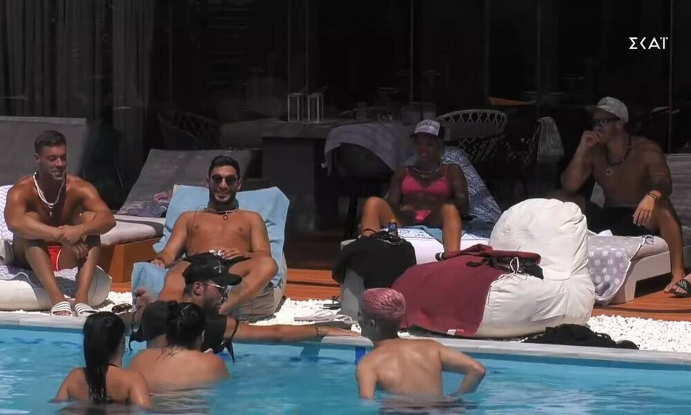 Big Brother: Χαμός στην πισίνα – Η Αφροδίτη τα πέταξε όλα (video)
