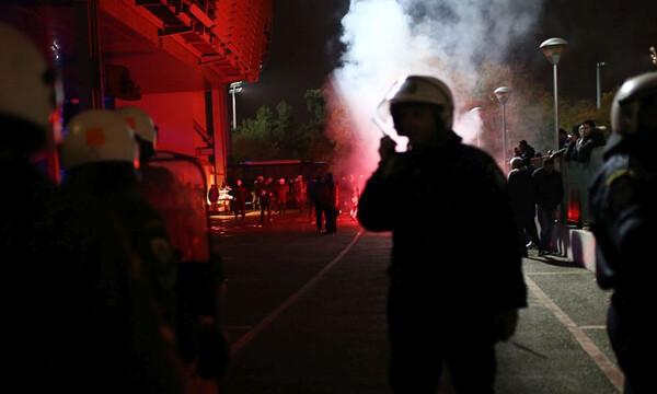 Επεισόδια με τραυματίες αστυνομικούς και συλλήψεις στην Καλλιθέα! (photos)