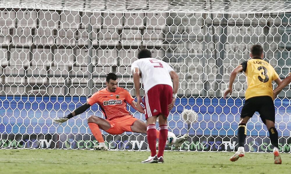 ΑΕΚ – Ολυμπιακός: Έπιασε πέναλτι και «κράτησε» ζωντανή την ΑΕΚ ο Τσιντώτας (video+photos)