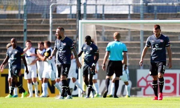 Κύπελλο Γερμανίας: Αποκλεισμός-σοκ για την Ζανκτ Πάουλι από ομάδα 4ης κατηγορίας (photos)
