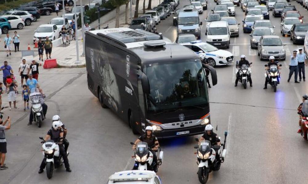 ΠΑΟΚ-Μπενφίκα: Έκαναν... Τούμπα το Μακεδονία Παλάς - Χαμός και τρέλα στους δρόμους (video)