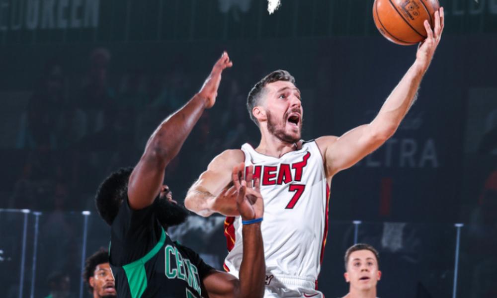NBA: Ανατροπή και ξεκάθαρο προβάδισμα για Χιτ (video)