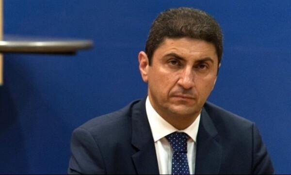 Αυγενάκης: «Η μεγάλη πλειοψηφία είναι χαρούμενη, μπαίνει μία τάξη στον χώρο του αθλητισμού»