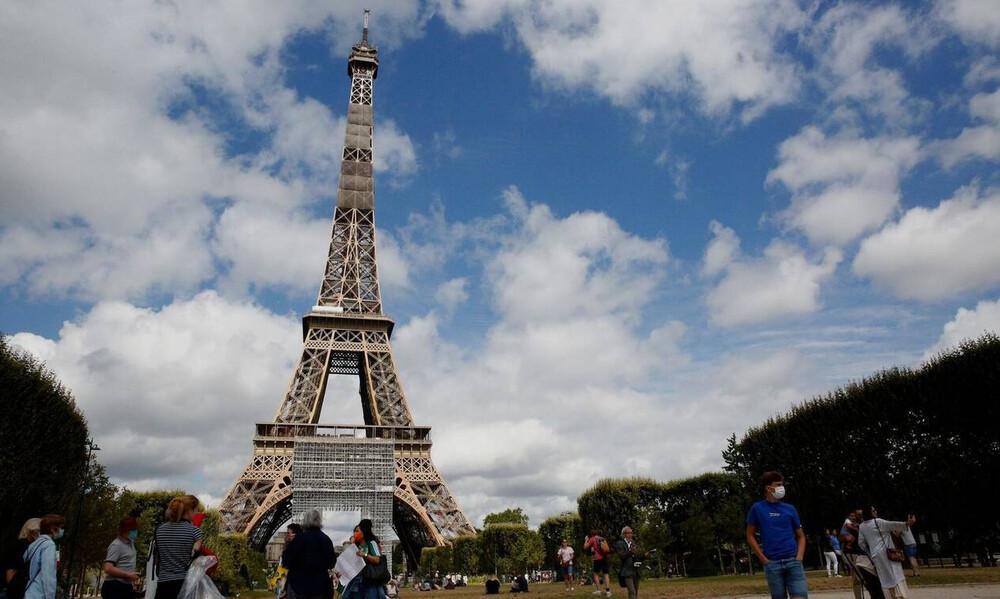 Εκκενώθηκε ο Πύργος του Άιφελ – Άγνωστος απειλεί να τον ανατινάξει