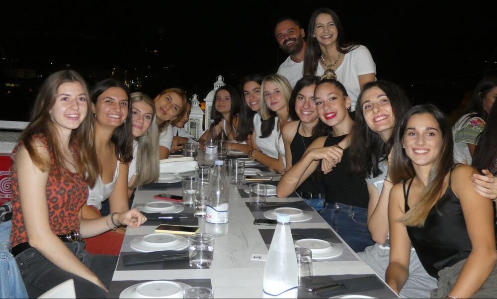 Οικογενειακό δείπνο για το τμήμα βόλεϊ γυναικών του ΠΑΟΚ (photos)