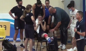 «Πάγωσε» στο 2-2 το φιλικό Ολυμπιακός-Θήρα, αγωνία για Εμμανουηλίδου (video)