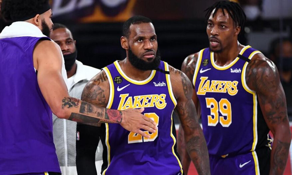 NBA: Γράφει ιστορία ο Λεμπρόν (video)