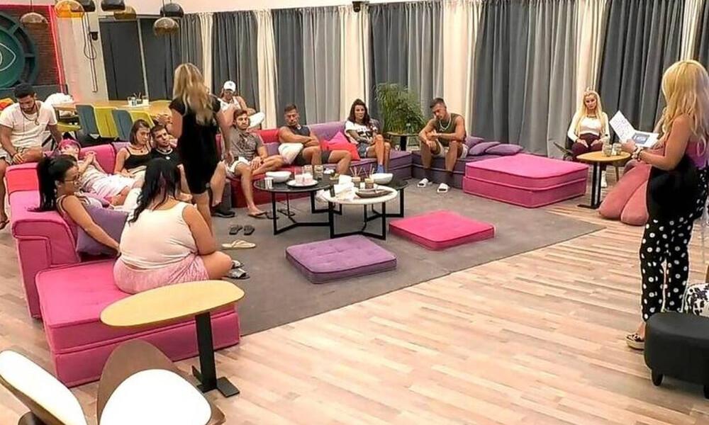 Big Brother: Νέο απίστευτο πλάνο – Παίκτρια πιάνει τα επίμαχα σημεία συμπαίκτη της (pic+vid)