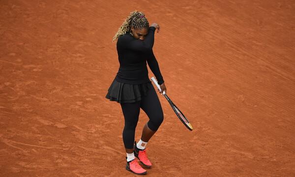 Roland Garros: Αποσύρθηκε η Σερένα Ουίλιαμς λόγω προβλήματος στον αχίλλειο τένοντα (video+photo)