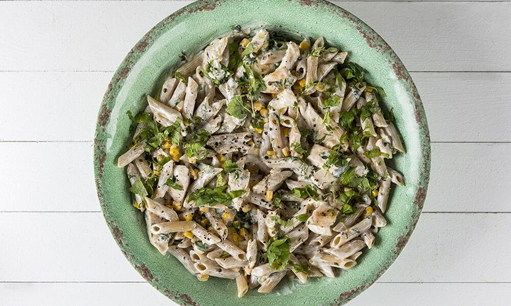 Άκης Πετρετζίκης: Healthy πένες με κοτόπουλο (High protein)