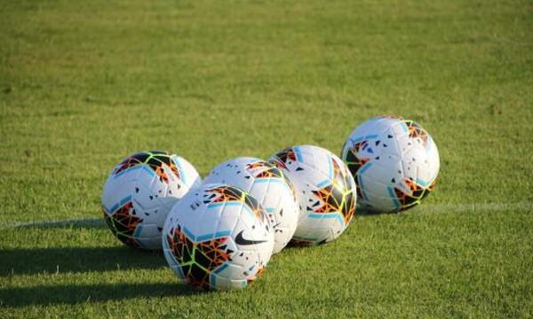 «Έσβησε» στα 54 του δόξα του παγκόσμιου ποδοσφαίρου (photos)
