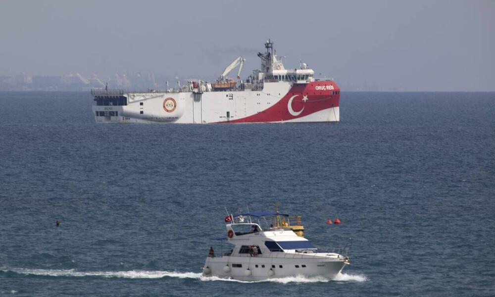 Oruc Reis: «Πόλεμος» νεύρων στην Αν. Μεσόγειο - Κρίσιμες ώρες οι επόμενες