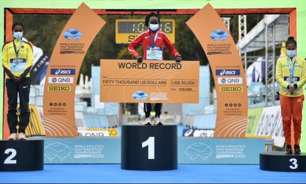 Νέο παγκόσμιο ρεκόρ από την Πέρες Τζεπτσιρτσίρ στον Ημιμαραθώνιο της Πολωνίας