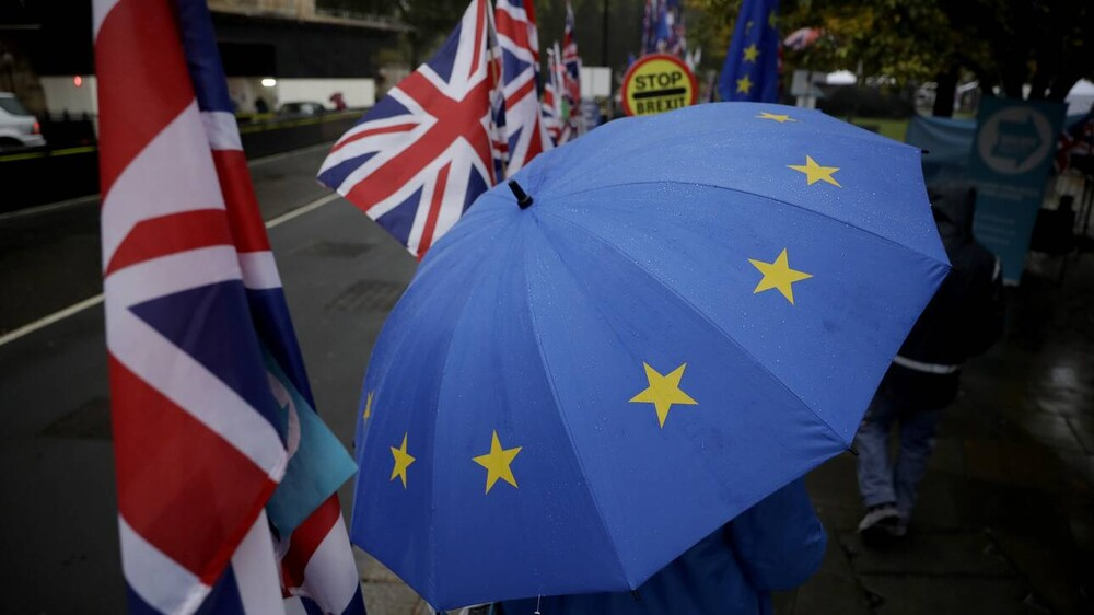 Brexit: Πόσο θα στοιχίσει στη Βρετανία το εμπορικό ναυάγιο με την Ευρώπη