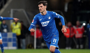 Europa League: Ζήτησε αλλαγή στο ημίχρονο και έφυγε «τρέχοντας» από το γήπεδο (photos)