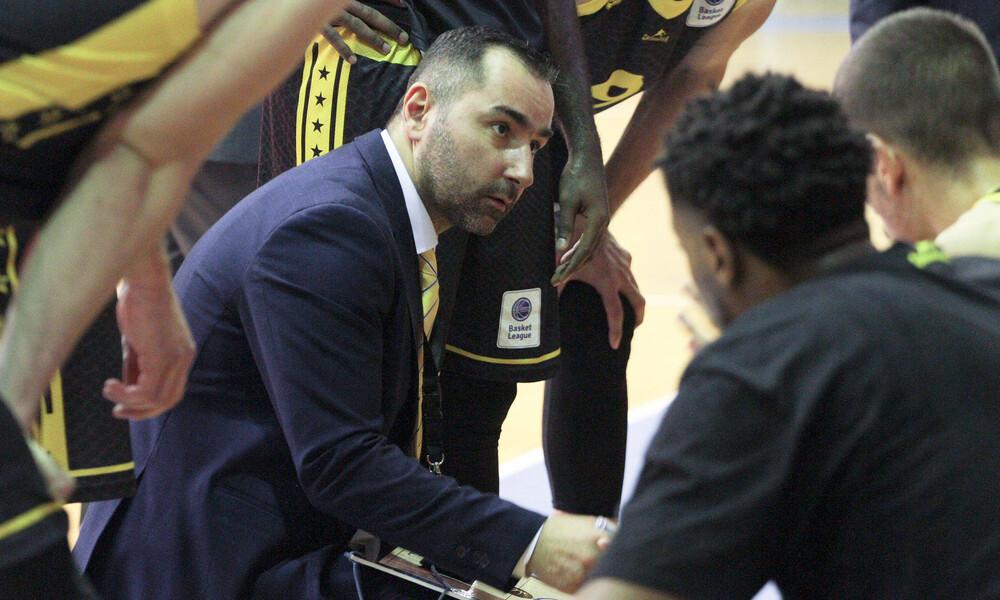 Άρης: Ο Καμπερίδης έχει ήσυχη συνείδηση, είναι προπονητής, όχι… μάγος!