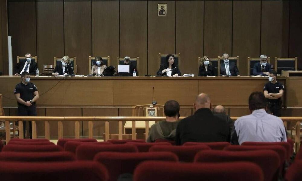 Δίκη Χρυσής Αυγής: Μεγαλύτερες ποινές για το «Διευθυντήριο» ζητά ο εισαγγελέας