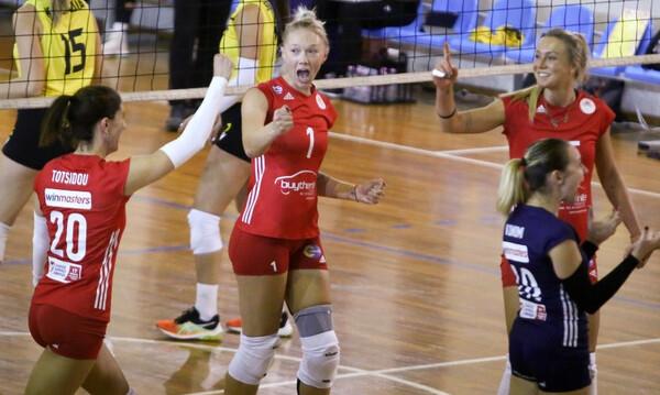 Volley League Γυναικών: Το πρώτο «τρίποντο» φέτος για τον Ολυμπιακό μετά το 3-0 σετ επί της ΑΕΚ