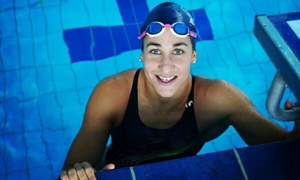 Κολύμβηση: Νέο Πανελλήνιο ρεκόρ από τη Νόρα Δράκου, που... σπάει τα χρονόμετρα στη Βουδαπέστη!