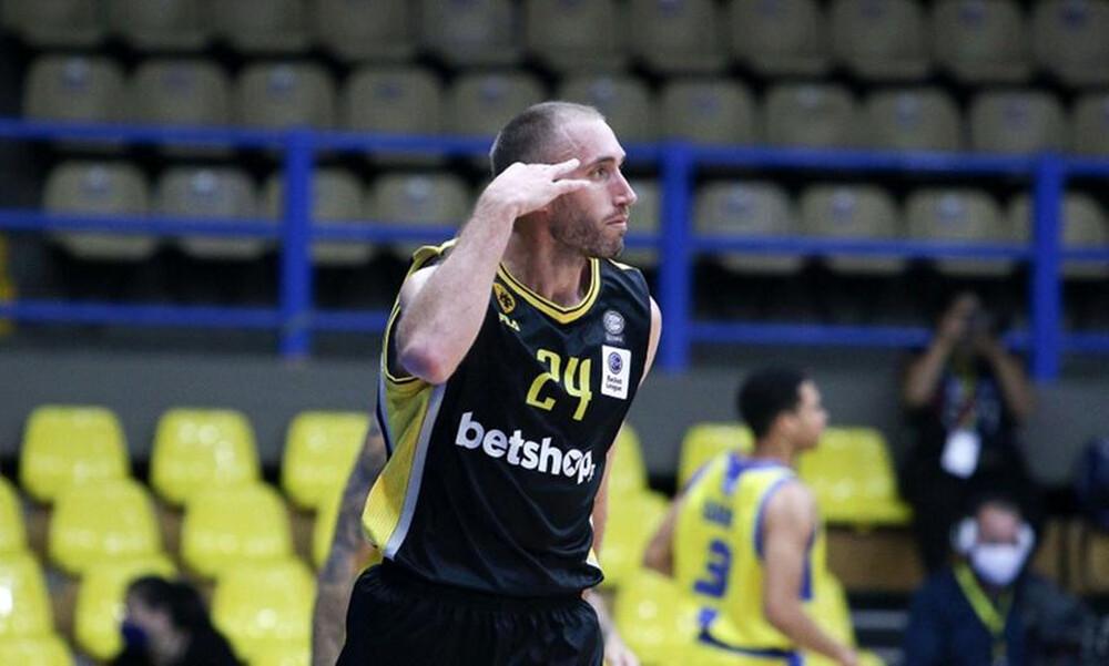 Λοτζέσκι: «Μπορεί το πρωτάθλημα η ΑΕΚ»