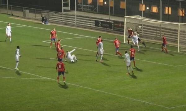 Αδιανόητο γκολ σε ματς στη Δανία (video)