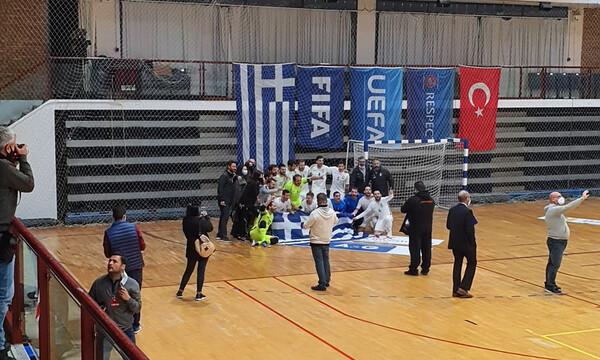 Ελλάδα-Τουρκία 1-1: «Χρυσή» ισοπαλία και πρόκριση για την Εθνική Futsal (photos+video)
