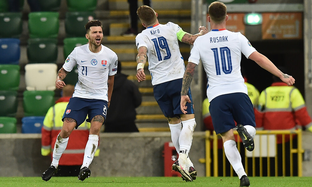 Euro 2020: Η Σλοβακία ακολούθησε Ουγγαρία και Σκόπια! (videos+photos)