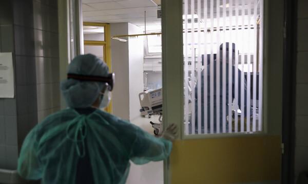 Κορονοϊός: Έσπασε το «φράγμα» των 1.000 θανάτων στην Ελλάδα - 13 νεκροί σε λίγες ώρες