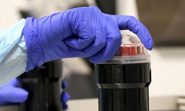 Κορονοϊός: Ελπίδα για την ανθρωπότητα - Στο 95% αποτελεσματικότητα το εμβόλιο της Moderna