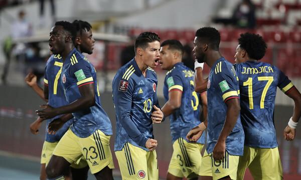 Μουντιάλ 2022: Η εξάρα δεν χωνεύεται και η Κολομβία του παίρνει το κεφάλι... (photos)