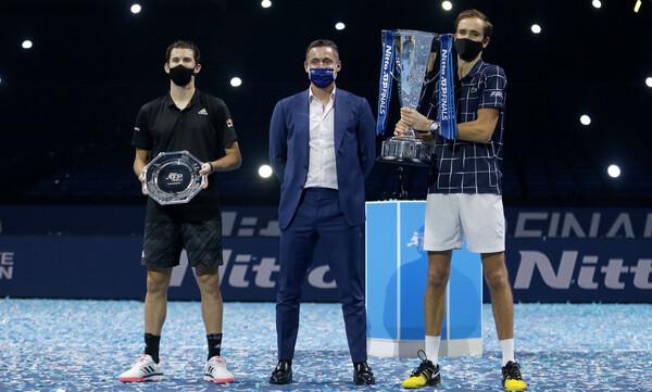 ATP Finals: Τα συγχαρητήρια του Πούτιν στον Μεντβέντεφ και η φανέλα της Μπάγερν! (video)