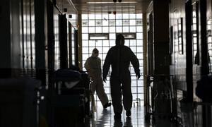 Κορονοϊός: Τρεις ακόμα γιατροί νεκροί από τον ιό – Το συγκλονιστικό μήνυμα συναδέλφου τους