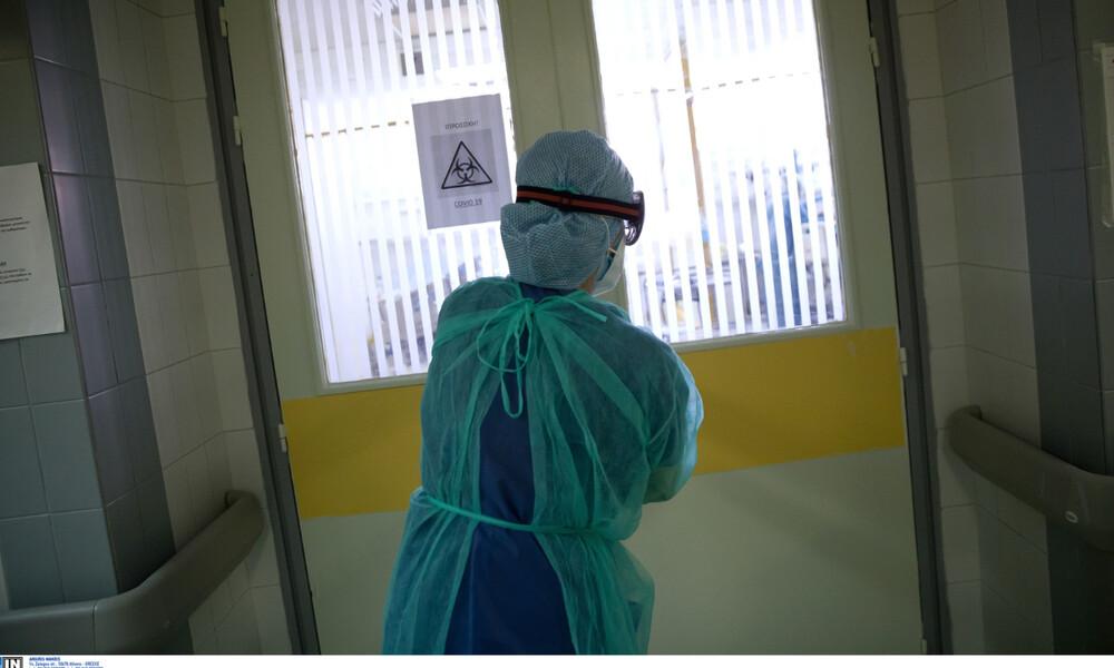 Καπραβέλος στο Newsbomb.gr: Δεν μιλάω για άνοιγμα μέχρι τον Μάρτιο - Ο ιός δείχνει τα δόντια του