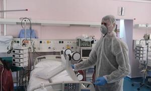 Κρούσματα σήμερα: 1.044 νέα ανακοίνωσε ο ΕΟΔΥ - Στους 85 οι θάνατοι, στους 600 οι διασωληνωμένοι