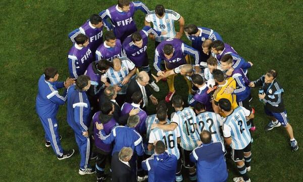Αργεντινή: Νέο «χτύπημα» μετά τον Μαραντόνα – Αγωνία για θρυλικό προπονητή