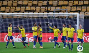 La Liga: Η Κάντιθ άφησε την Μπαρτσελόνα στο -12 από την κορυφή! (video)